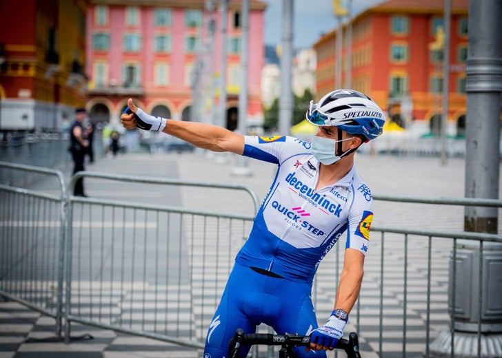 stg01_alaphilippe-mixed-zone02_tdf_2020-(1-of-1)