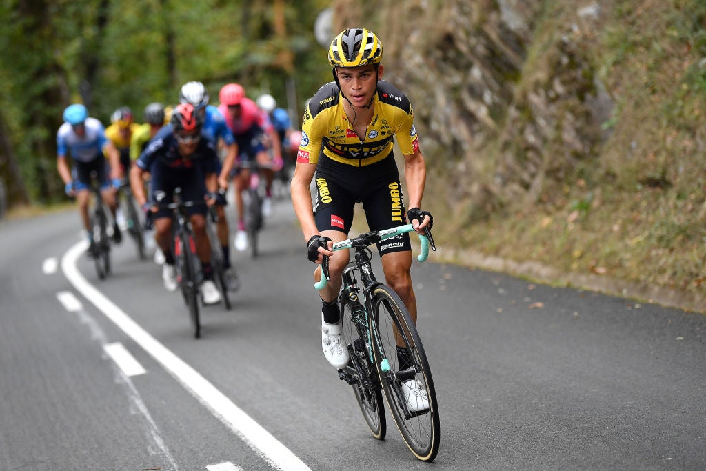 Sepp Kuss continues to impress with aggressive riding in Vuelta a España opener – VeloNews.com