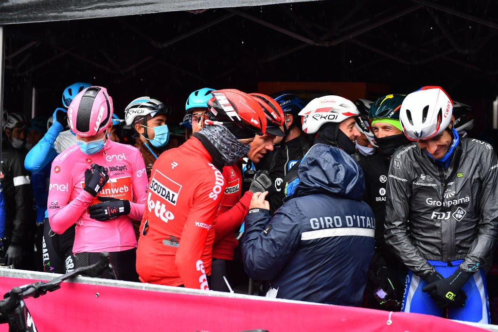 Commentary: Riders were right to protest the Giro d'Italia's 258km stage – VeloNews.com