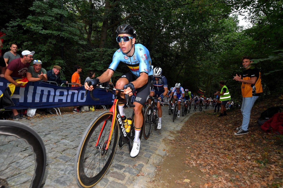 Here's what Wout van Aert, Mathieu van der Poel and others said after Julian Alaphilippe wows with world title defense